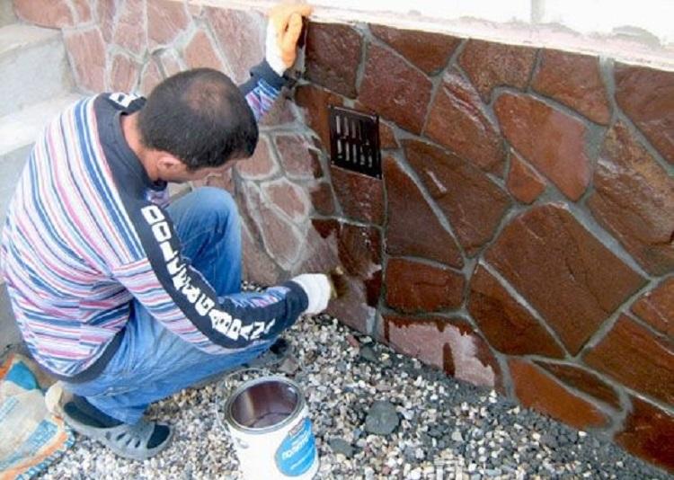 применение лака для камня